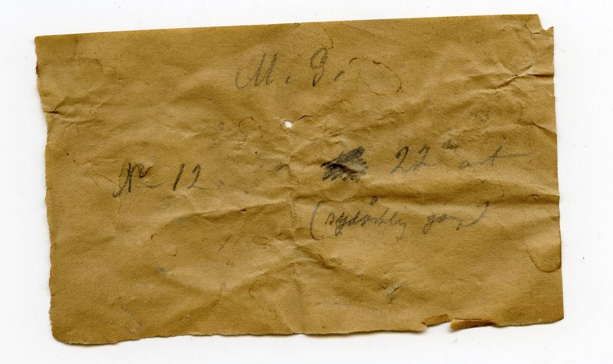 Fire prøver Lapp i eske: M.G. No 12 22den ort (sydlig gang)