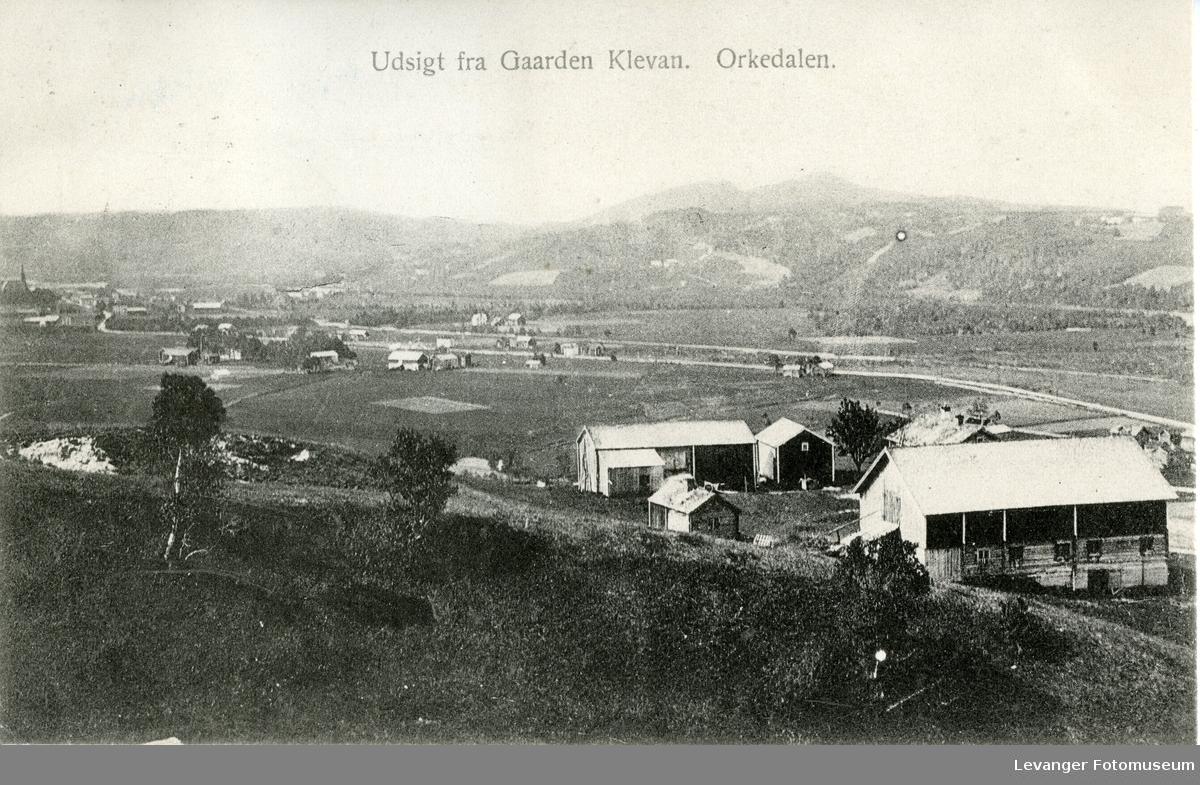 Postkort gård og kulturlandskap i Orkdalen.