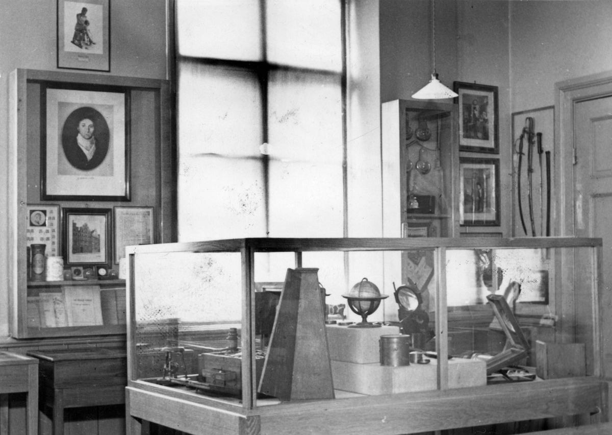 Utställningsmonter 1943 (på Karlbergsgården, dåv. Museet?)