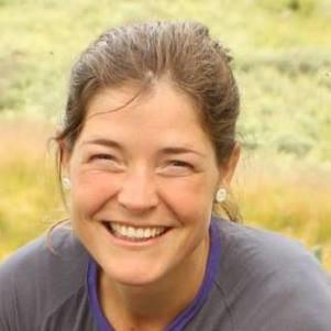 Portrettfoto av Eva Lutnæs. (Foto/Photo)