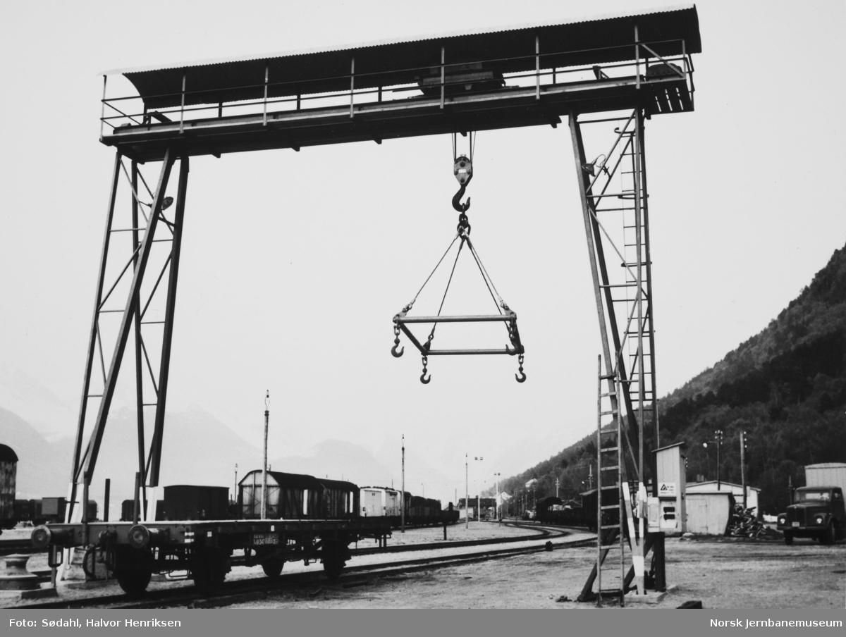 Portalkran på Åndalsnes stasjon