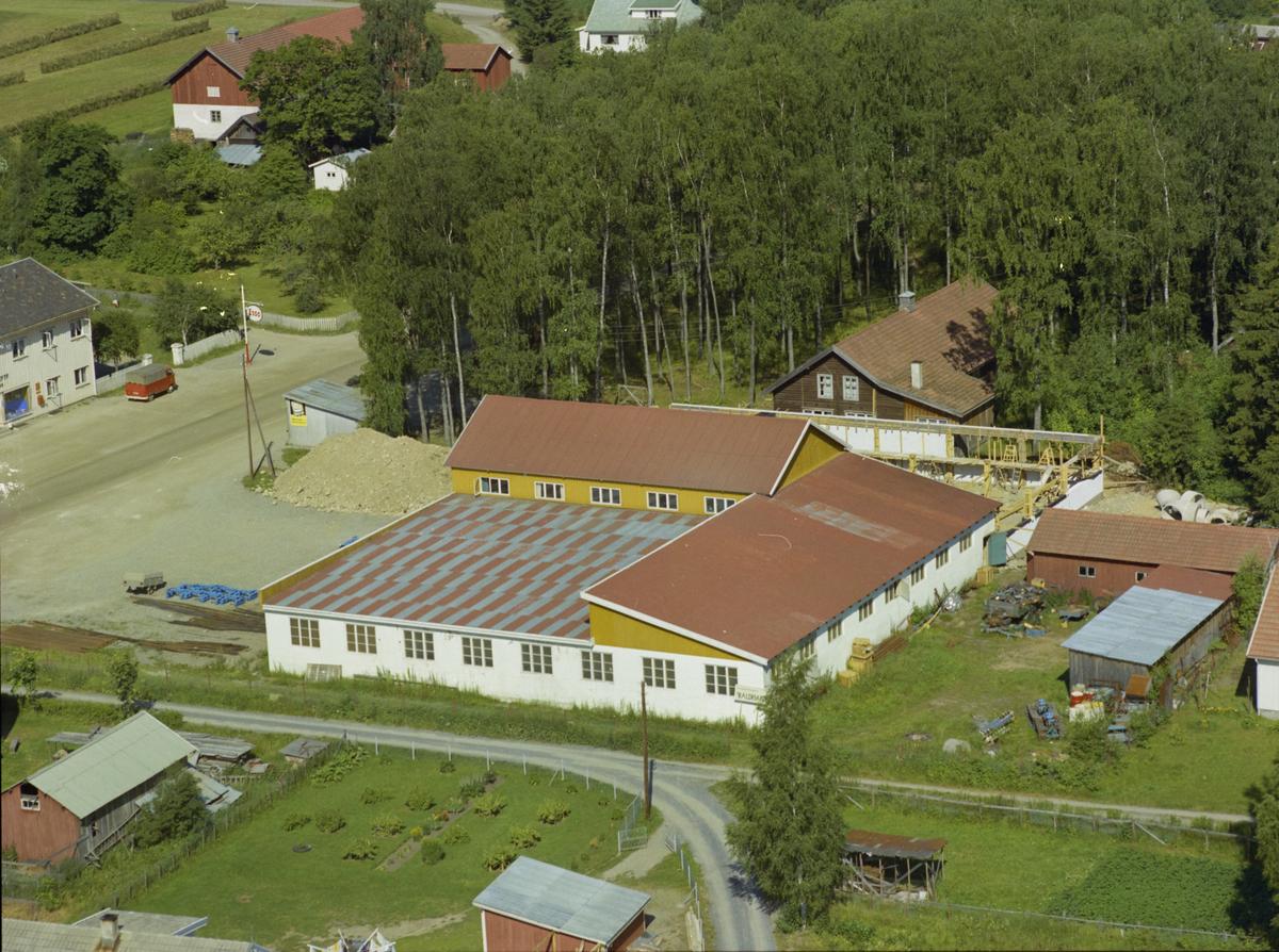 Bygninger, kulturlandskap, induistri på Vingrom, Lillehammer. Moen. Moalunden. Trygve Owrens AS maskinverksted.