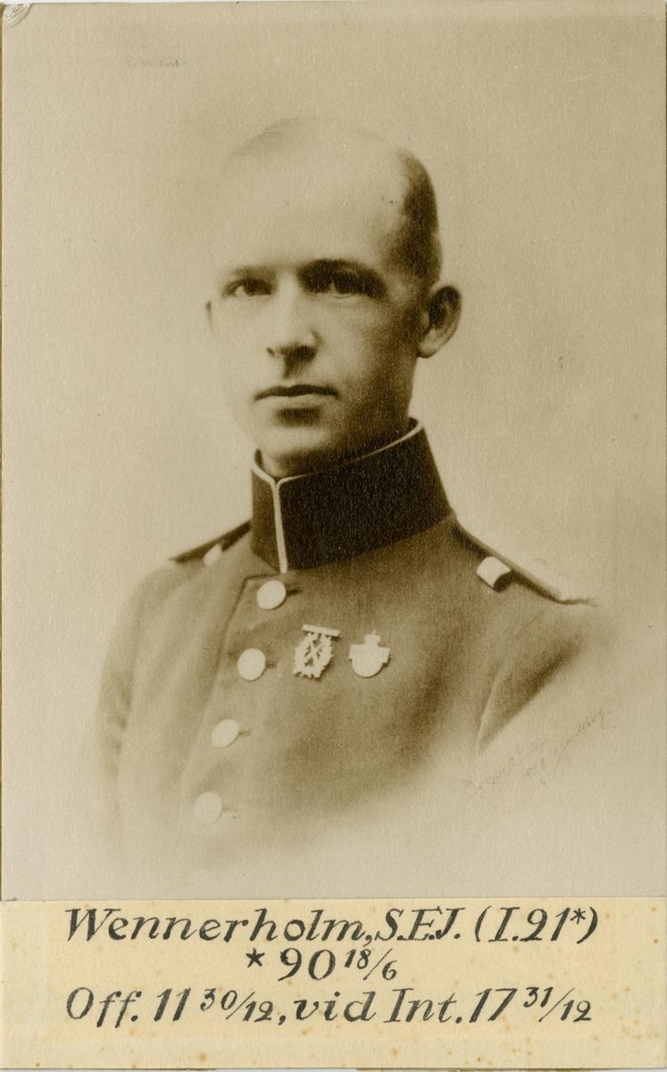 Porträtt av Sven-Erik Johan Wennerholm, officer vid Kalmar regemente I 21 och Intendenturkåren.