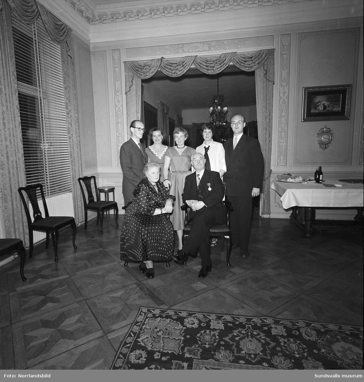 Direktör Axel R Åkesson, Åkesson & Blomquist AB, födelsedagsporträtt på 70-årsdagen.