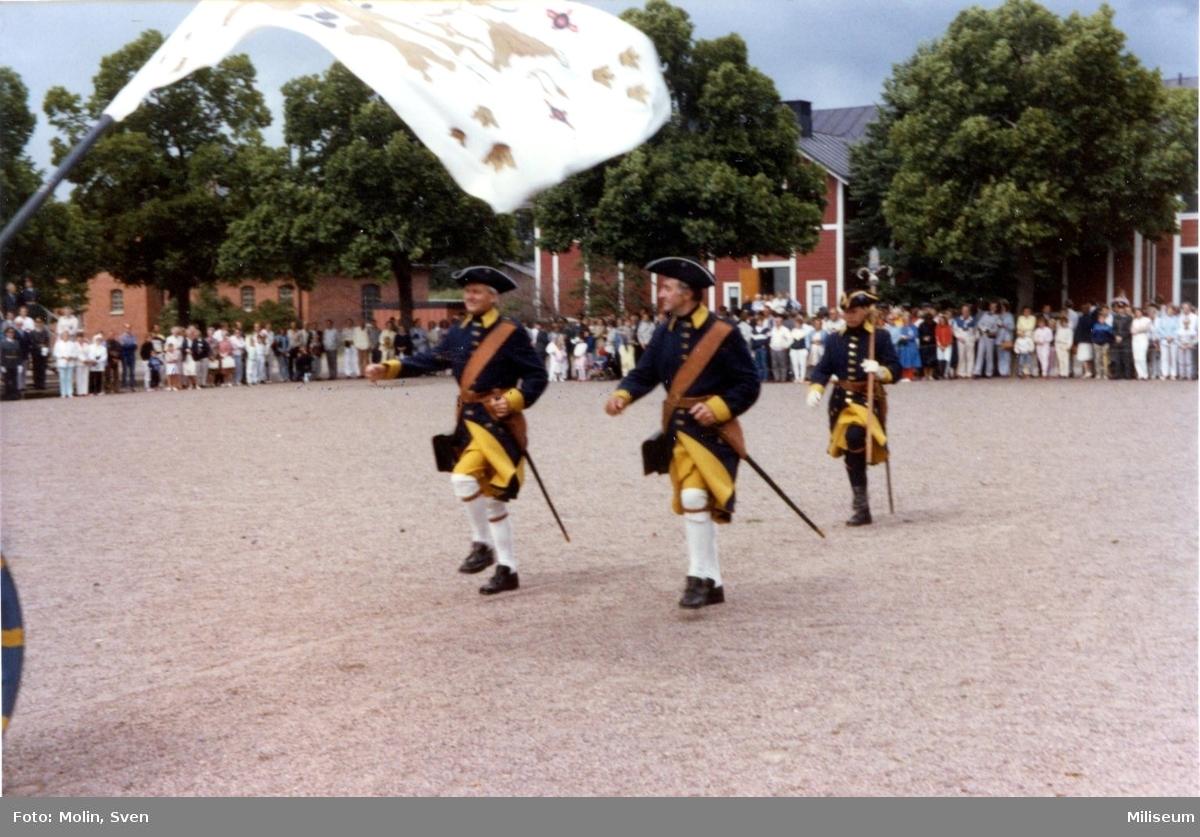 Avskedsceremoni, A 6. Smålands karoliner. Sist: Bo Lindkvist.