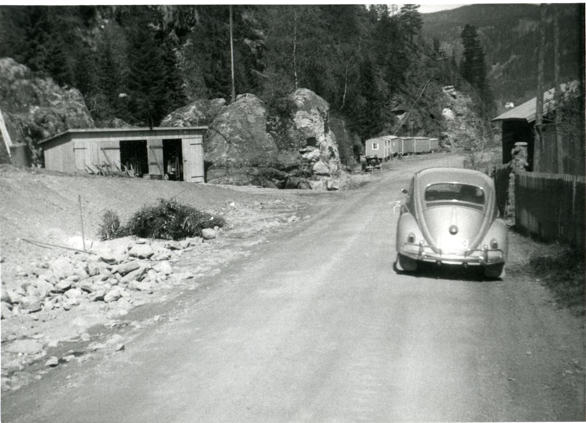 Bildet av veien utenfor Bergsund, Bagn.