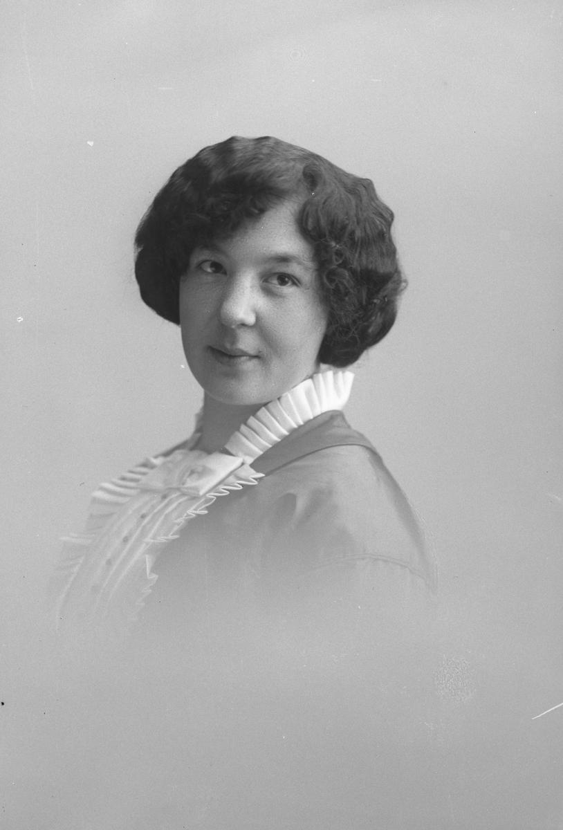 Fröken Mia Engström, Kilafors