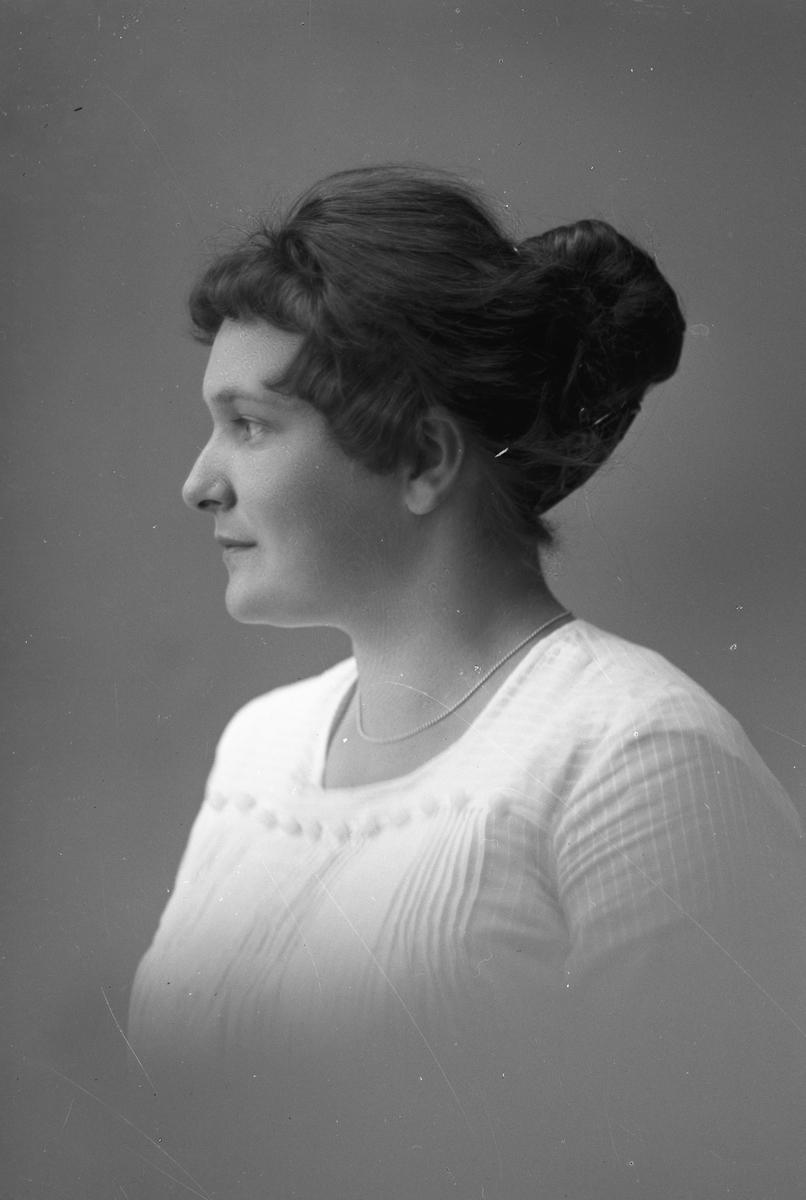 Ruth Elb