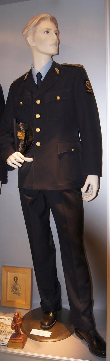 Politiuniform M/1963