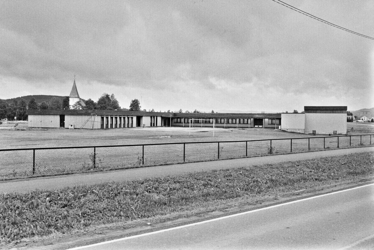 Bilder av Bjørkelangen barneskole