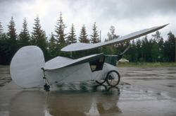 """Flygvapenmusuems flygplan Poude Ciel """"Loppan""""."""