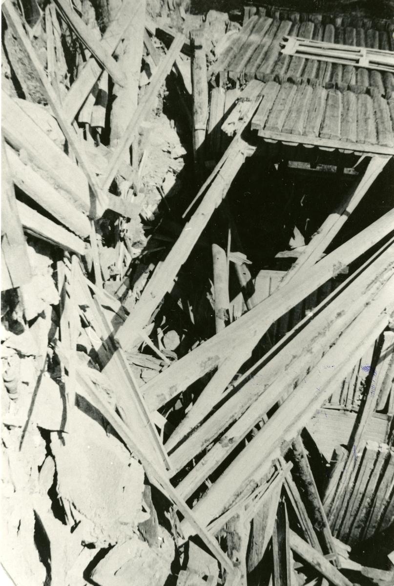 Krigen i Bagn april 1940. Etter bombinga i Dølve.