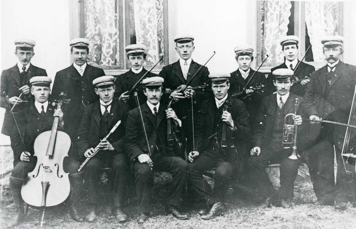 Musikkorps i Garthus, 1910.