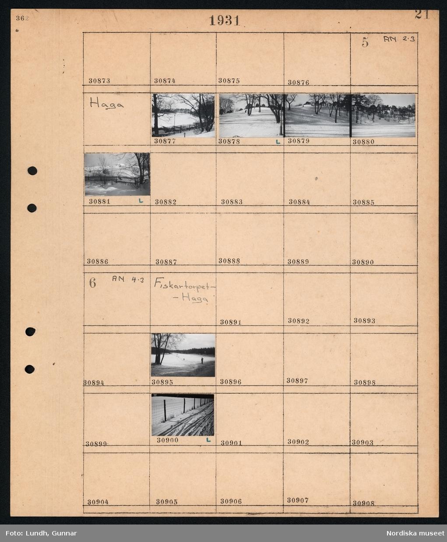 Motiv: Haga; Vy över snötäckt landskap.  Motiv: Fiskartorpet - Haga; Skidåkare i snötäckt landskap, skidspår i snötäckt landskap.