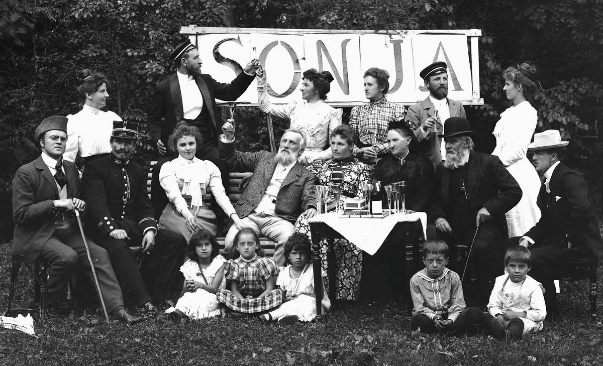 c78-165_Sonja_Mjens_dap_1899_utsnitt.jpg