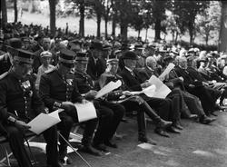 """""""Regementets dag en stor folkfest"""", Uppsala 1937"""