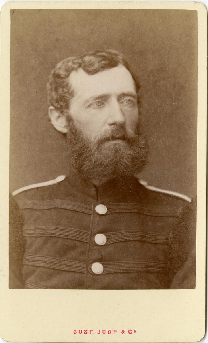 Porträtt av okänd officer vid Värmlands fältjägarkår I 26.