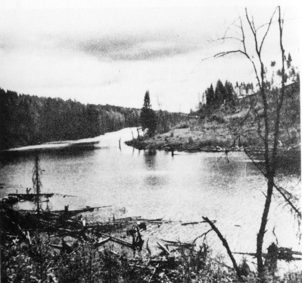 """Jandebafloden. Delvis gräns mellan """"svenska"""" och tyska linjerna."""