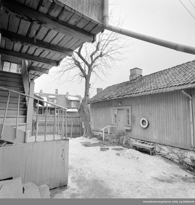 Rodeløkka: Leieboerforening vil ha full rehabilitering Mars 1973
