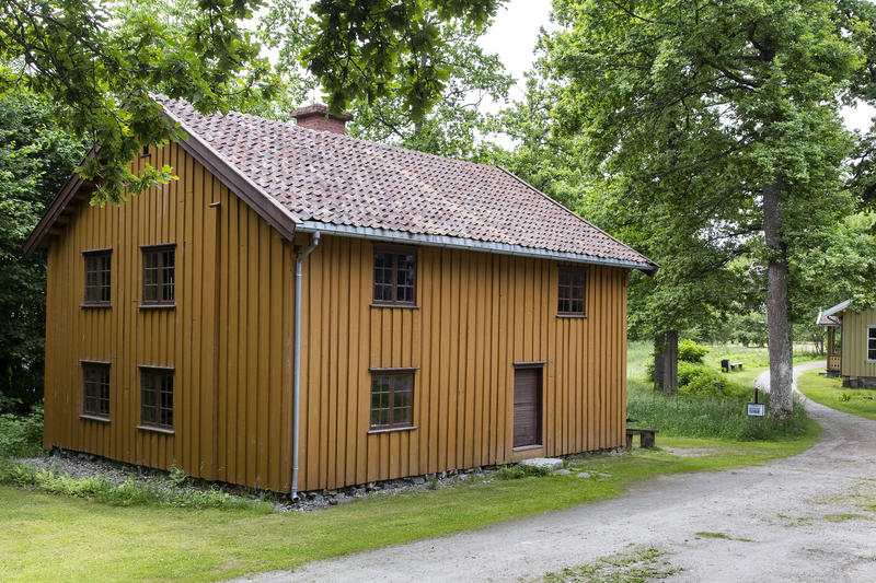 Korsegården. Gjenoppført på Follo museum i perioden 1989-93. (Foto/Photo)