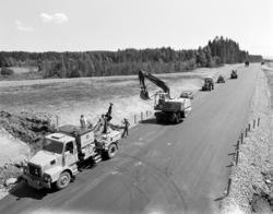E6, anleggsarbeid, avkjøringen på Rudshøgda, vegutbygging, a