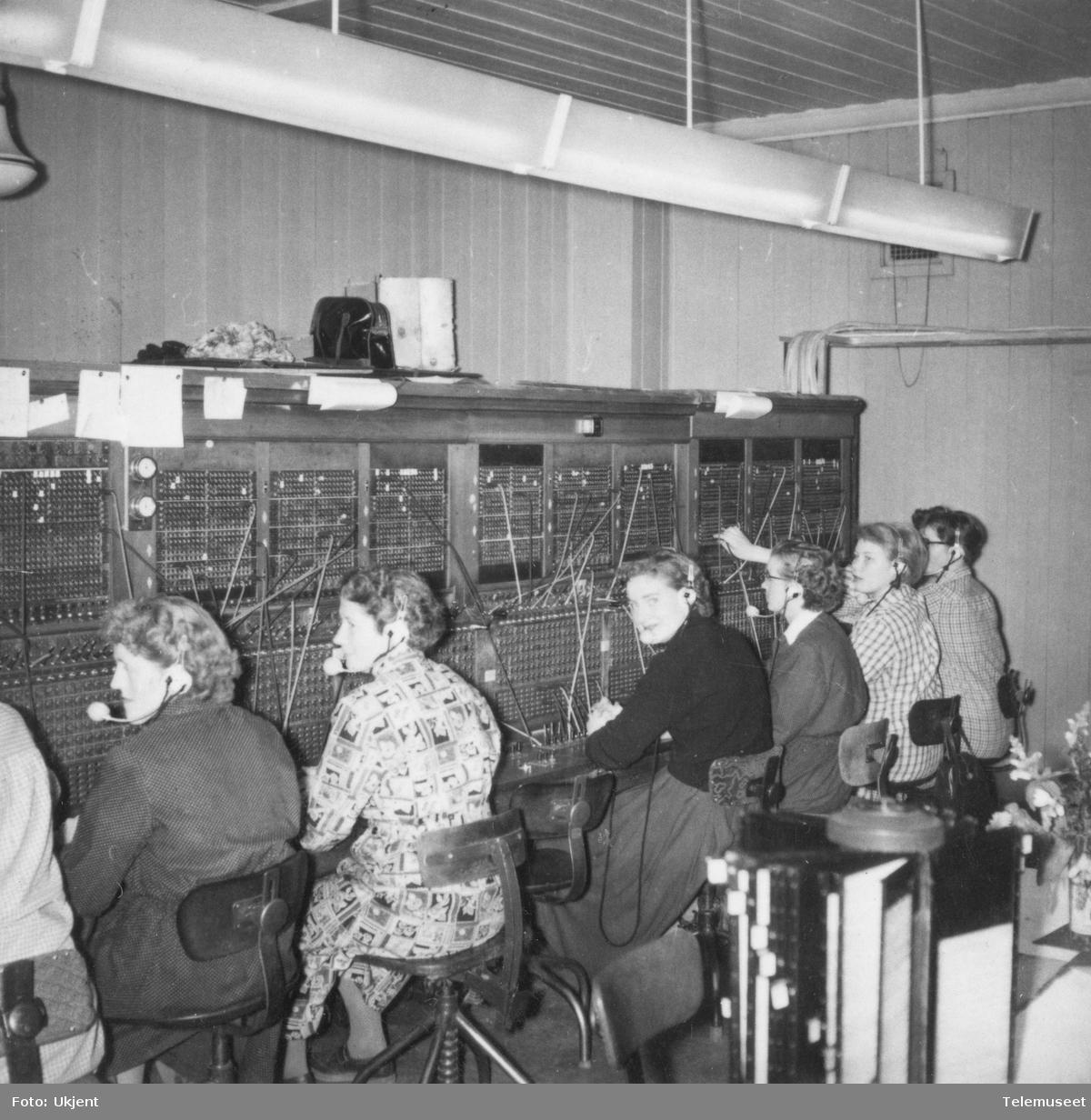 Gamle rikstelefonene i Tromsø
