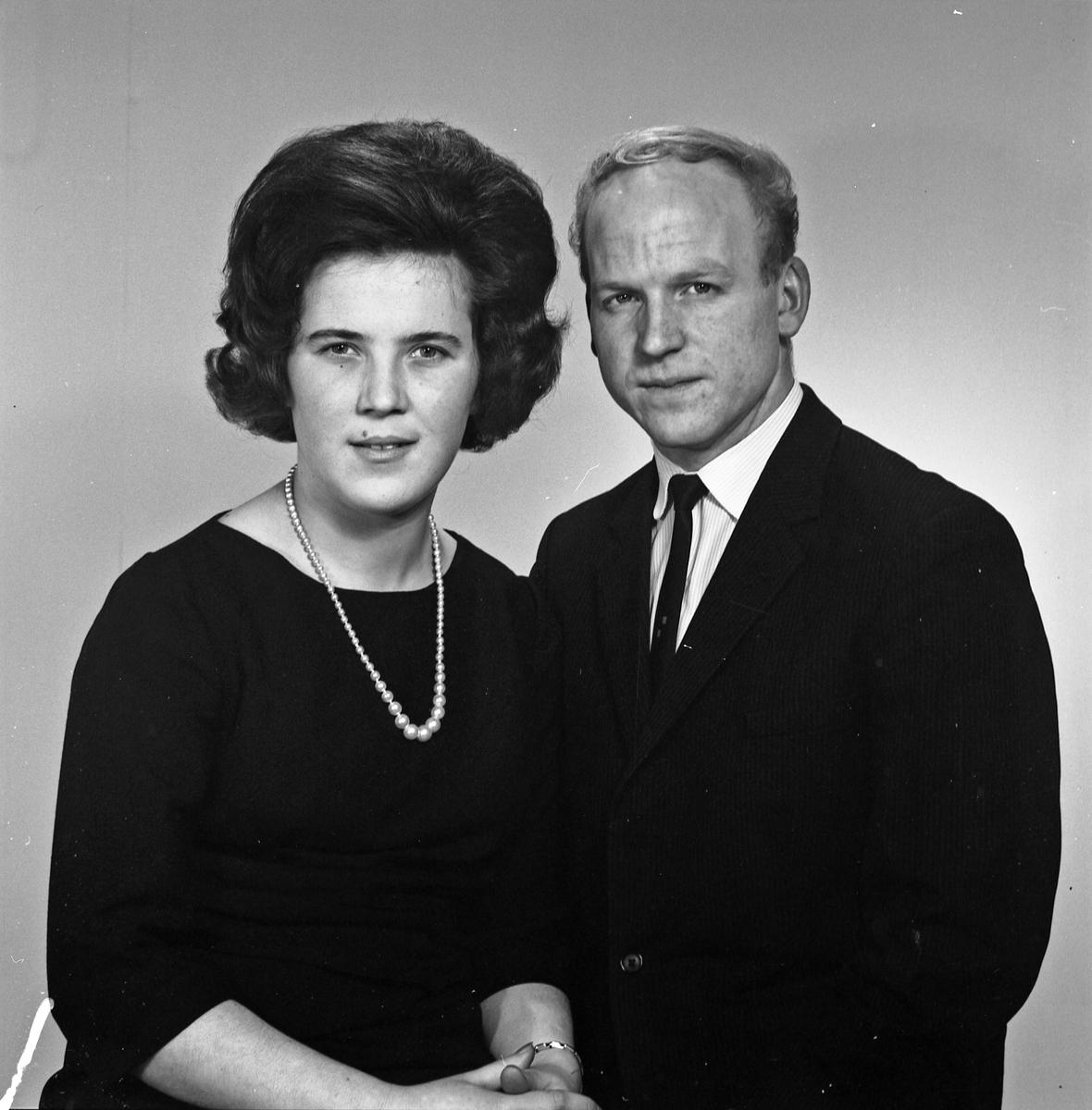 Portrett ung kvinne og ung mann - bestiller Egil Olsvik