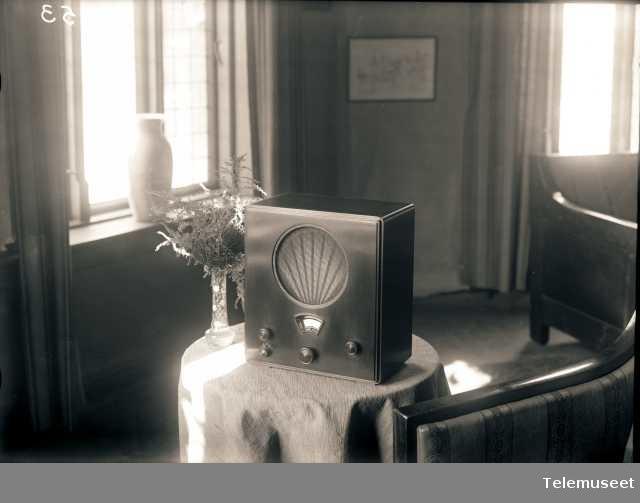 Radiomottaker i interiør, Elektrisk Bureau