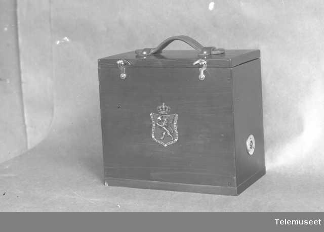Telefon, feltapparat for skytebaner. Billig type. Juli 1914. Elektrisk Bureau.