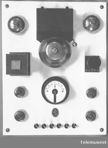Brannsignal apparattavle, sikringsutstyr, Elektrisk Bureau.