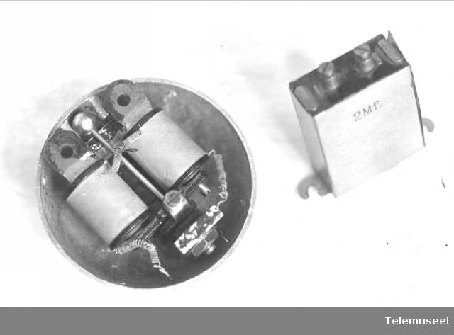 Klokke og kondensator, Hydrowerke, 6.1.1915. Elektrisk Bureau.