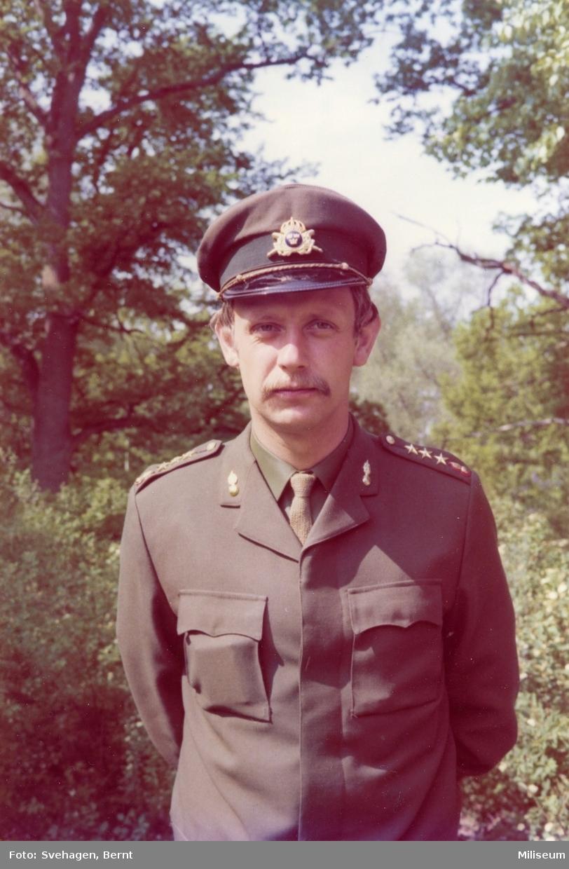 Berger, Hans. A 6. Född 420403.