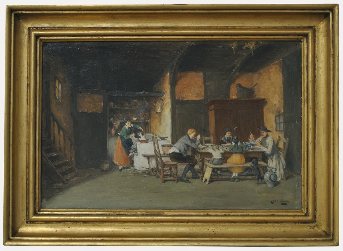 """Oljemålning på träpannå. """"Köksinteriör"""" av A. Jernberg. Interiör från ett tyskt kök, vid bord t.h. sitter två män, en kvinna och två barn och äter; en kvinna häller upp mat vid ett bord t.v. därom något i bakgrunden. (Kat.kort) Förgylld ram"""