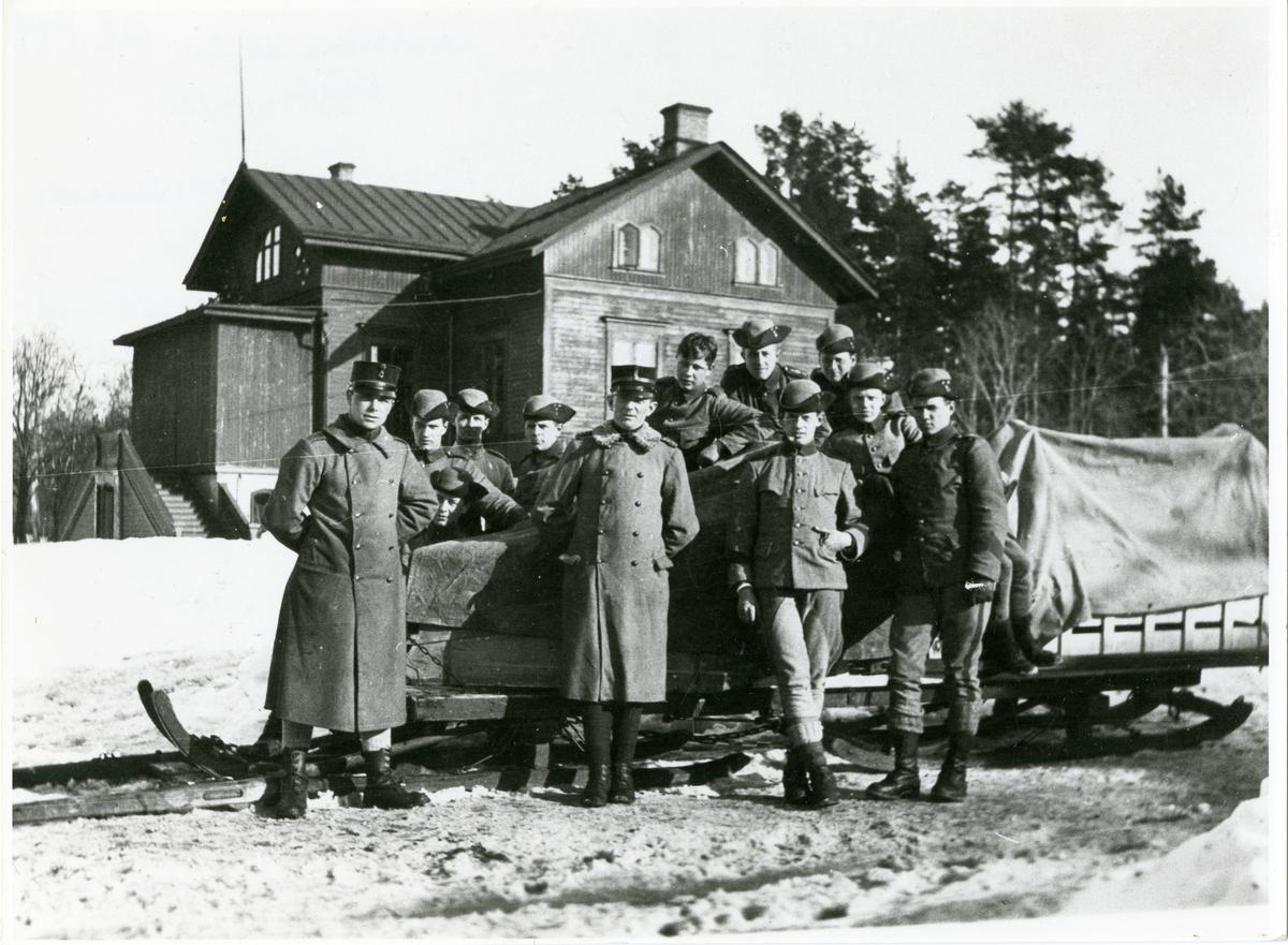 Officerare och soldater från Västernorrlands regemente I 28.