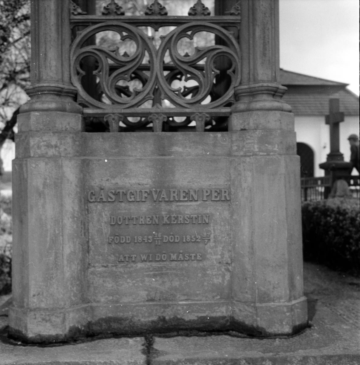 Gravar på Bollnäs kyrkogård, 16 Maj 1961
