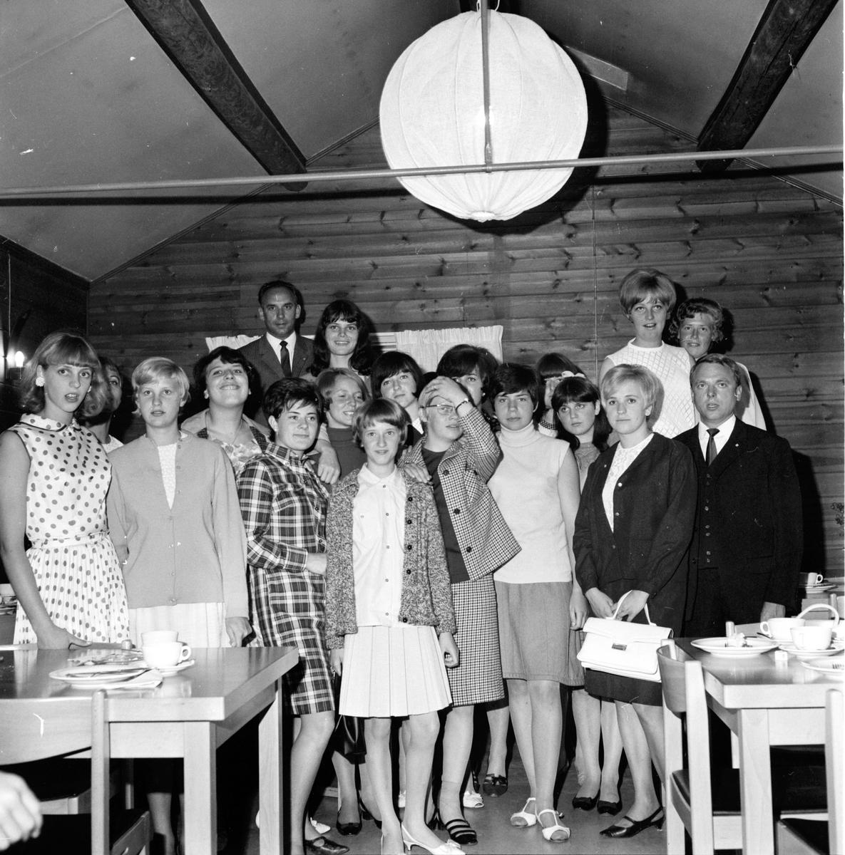Vänortsbesök, Misburgsgäster kommer d. 1 Augusti 1966, Träff på Bollegården, 2 Augusti 1966