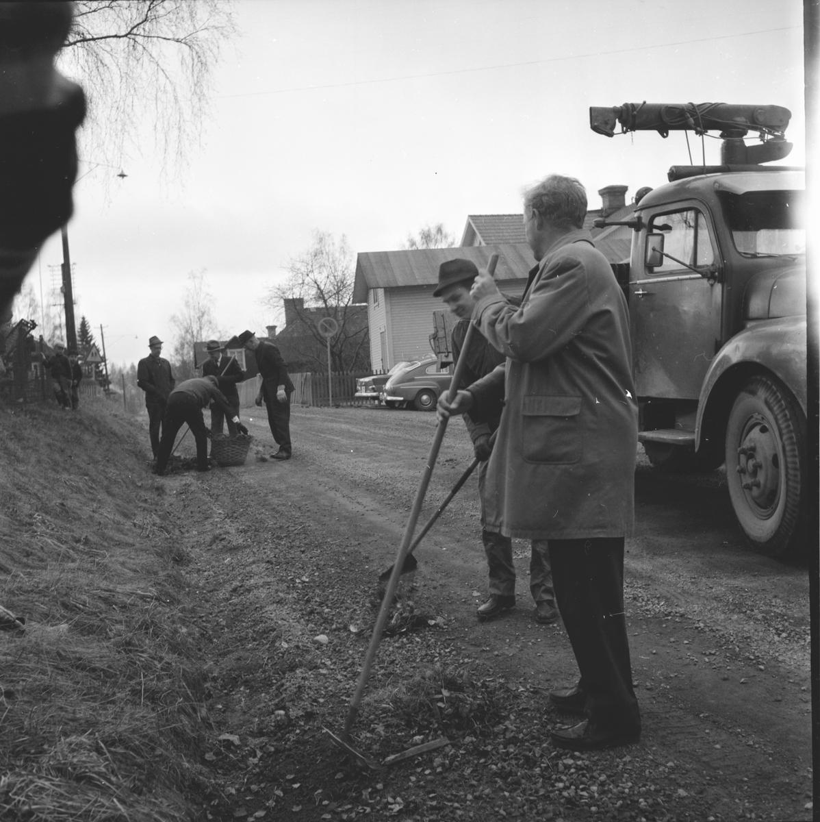 Lions vårstädning, 4 Maj 1964
