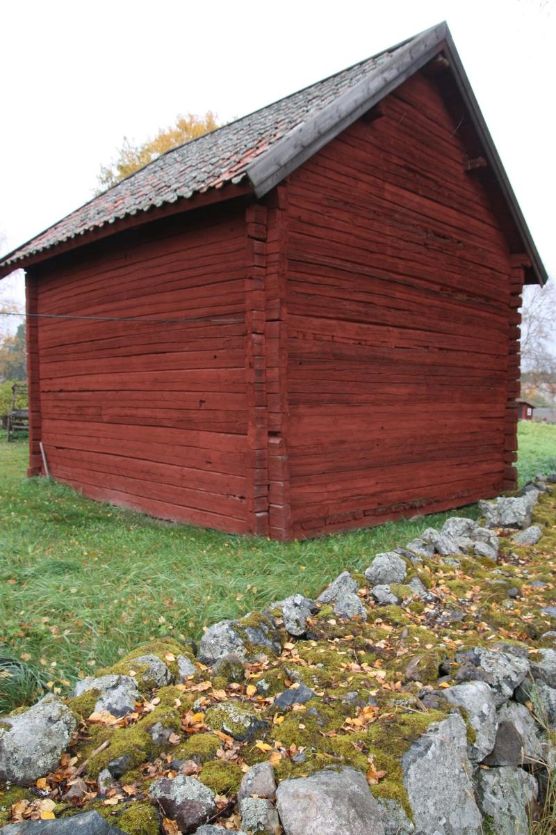 Sockenmagasinet vid Huddunge hembygdsgård, Prästgården 1:1, Huddunge socken, Heby kommun, Uppsala län 2014