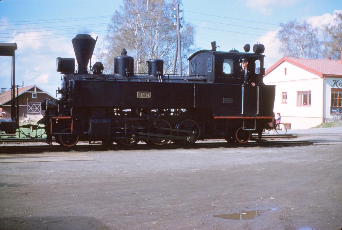 Skifting på Sørumsand stasjon med damplokomotiv nr. 7 PRYDZ.