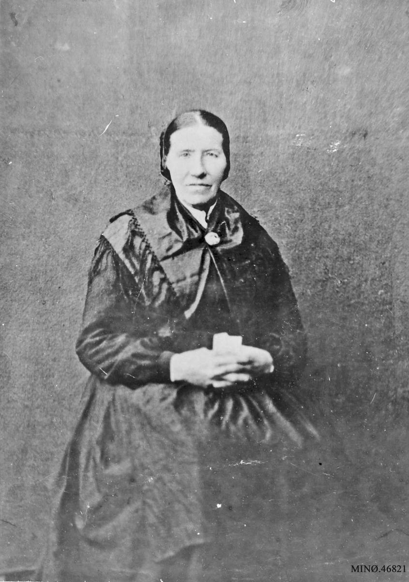 Portrett av kvinne