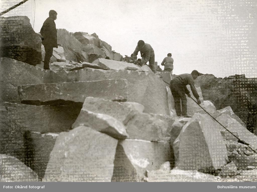 Stenbrytning i Hjelmedal