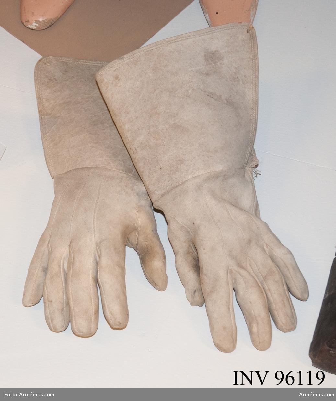 Handskar av renhud.