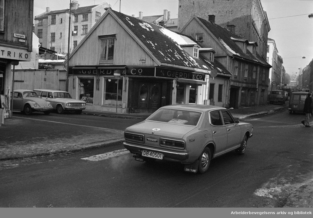 Tøyen, diverse. Fra Tøyengata. Januar 1976.