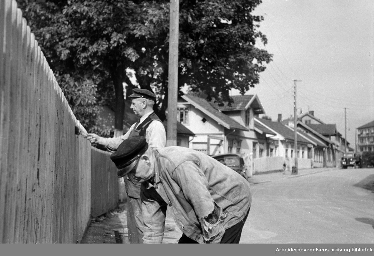 Vålerenga. Malearbeide. September 1946