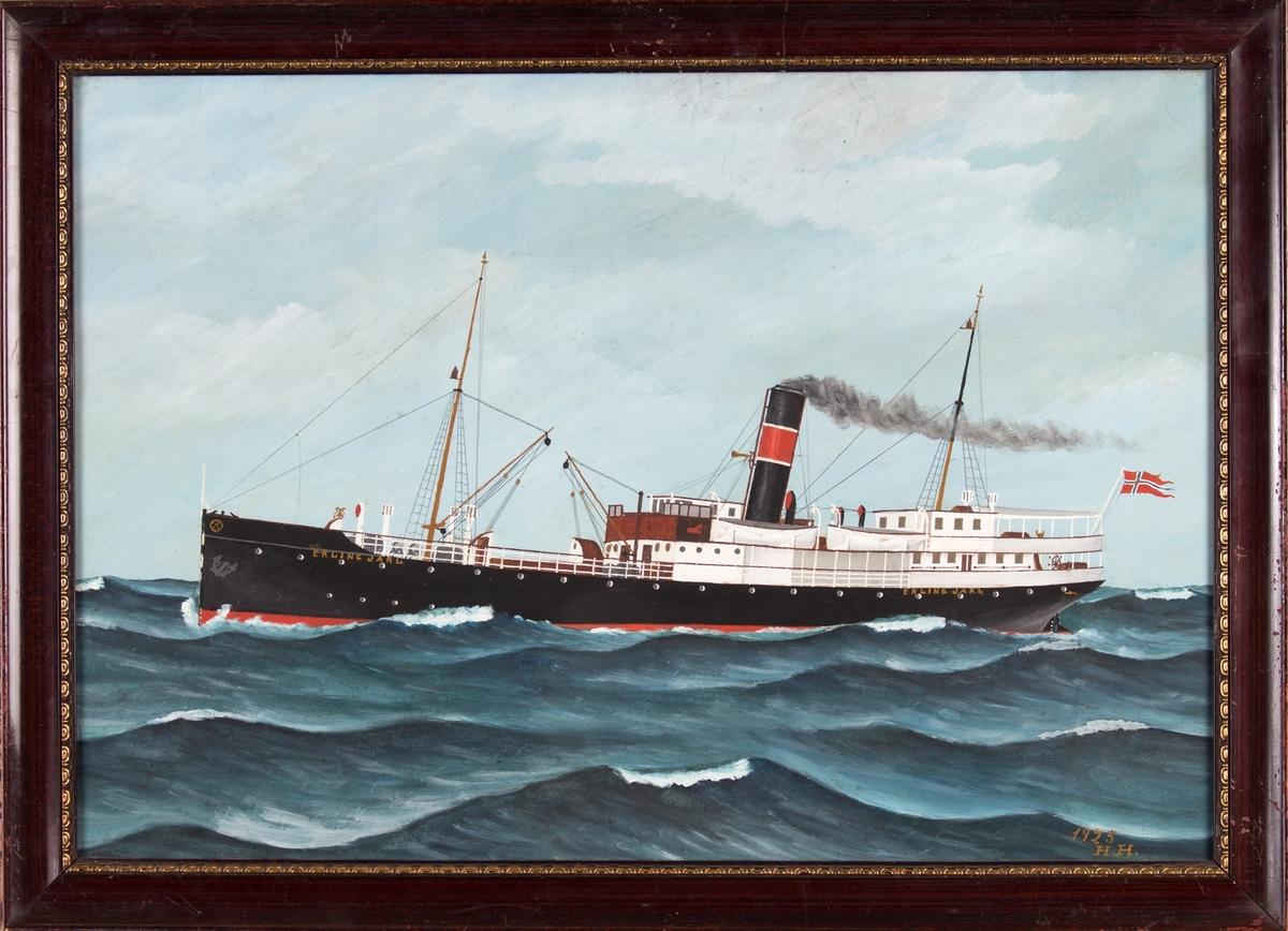 Skipsportrett av DS ERLING JARL, på åpent hav. Store bølger. Skipet har to master og norsk flagg akter.