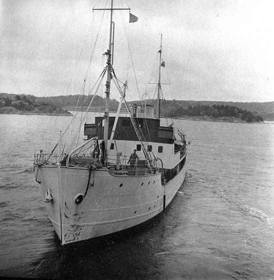 """Enligt uppgift: """"Skagerack II"""" det andra forskningsfartyget som fanns på stationen""""."""