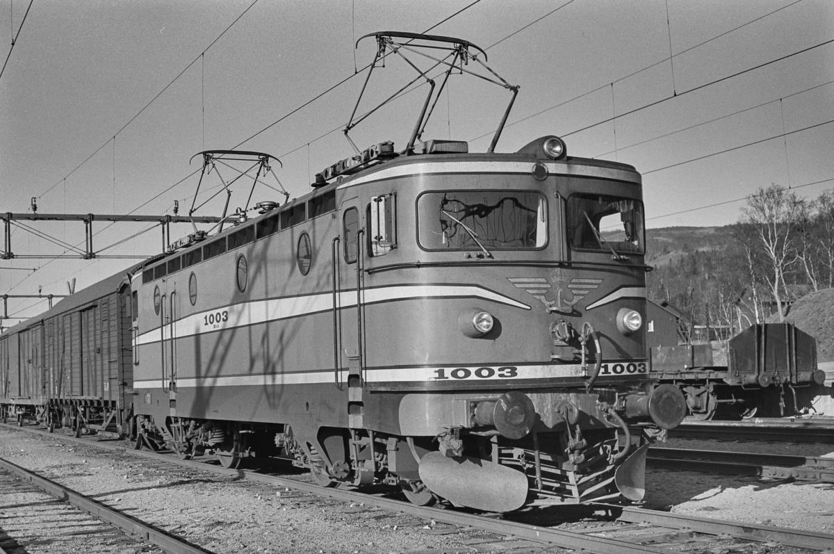 Svensk elektrisk lokomotiv type Rb 2 nr. 1003 i Storlien i Sverige.