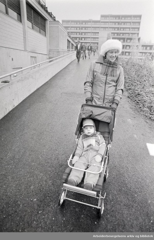 Romsås-senteret blir innviet i dag. November 1975