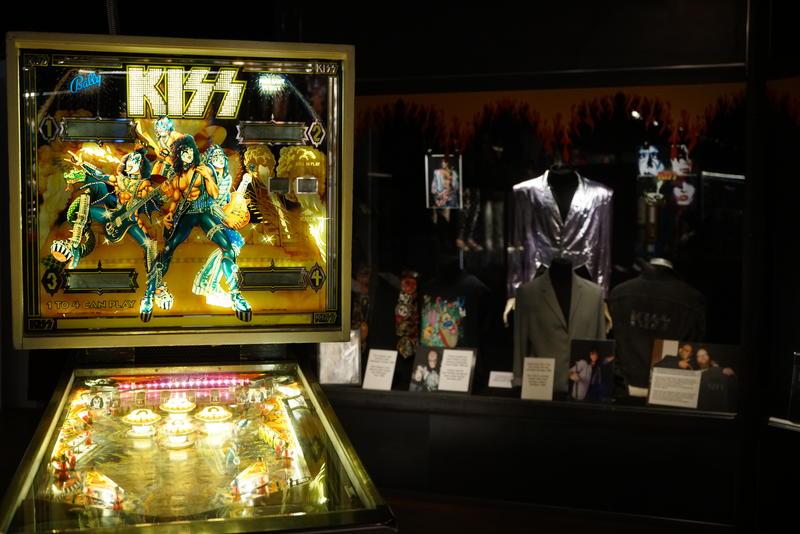 Flipperspill, fra Kiss - The Exhibition på Jämtli. Foto: Rockheim.