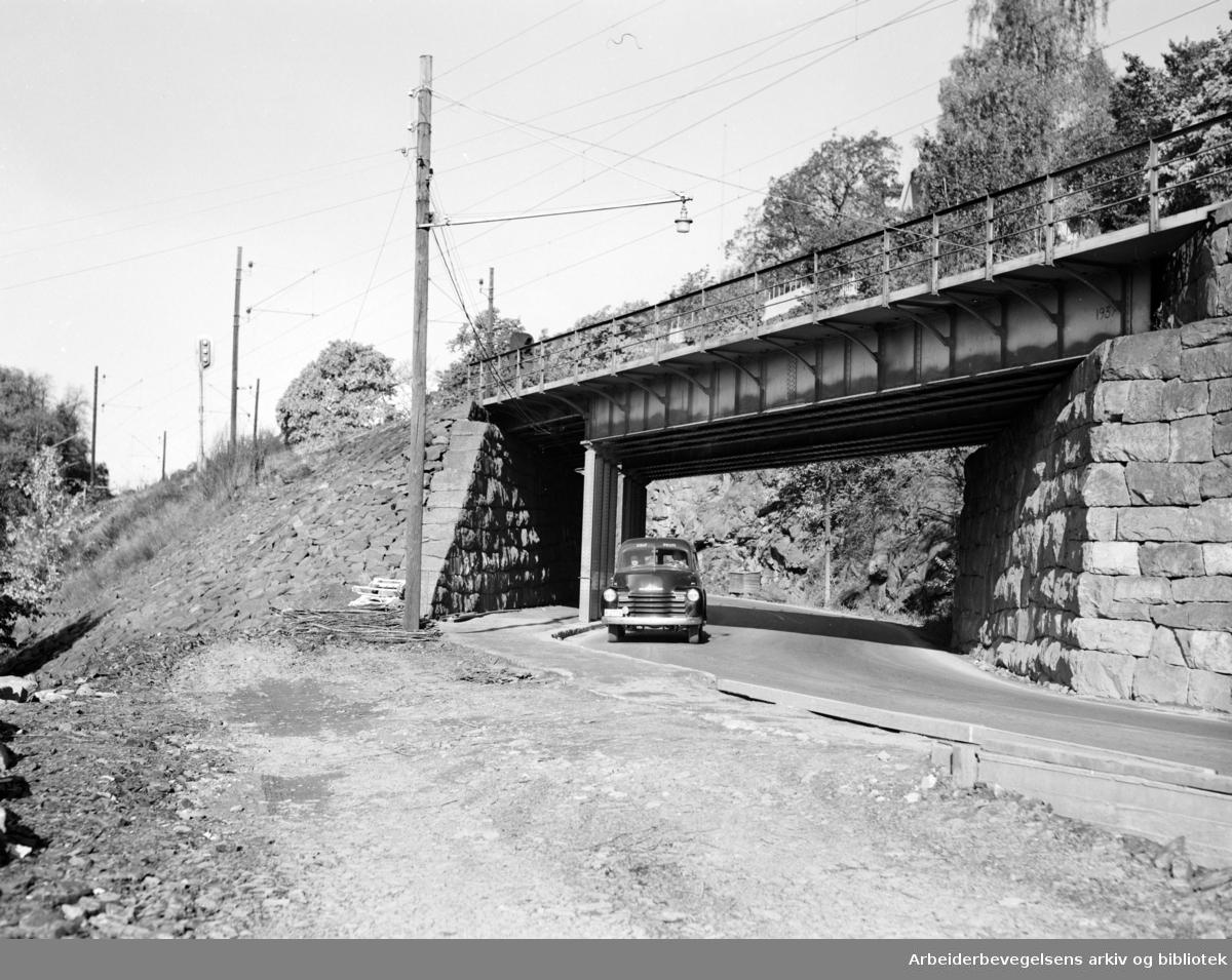 Mosseveien. Undergangen ved Bekkelaget. (to dager før raset). Oktober 1953